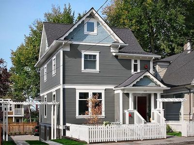 Newly renovated 1910 Victorian Home in Capitol Hill