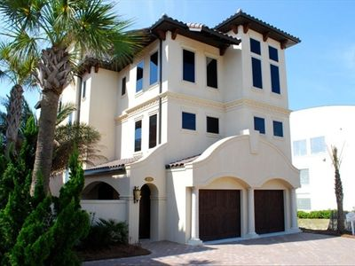 Gorgeous Luxury Gulf Front Home...Walking On Sunshine...Destiny By The Sea