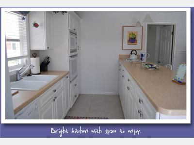 Fort Myers Beach cottage rental - Kitchen