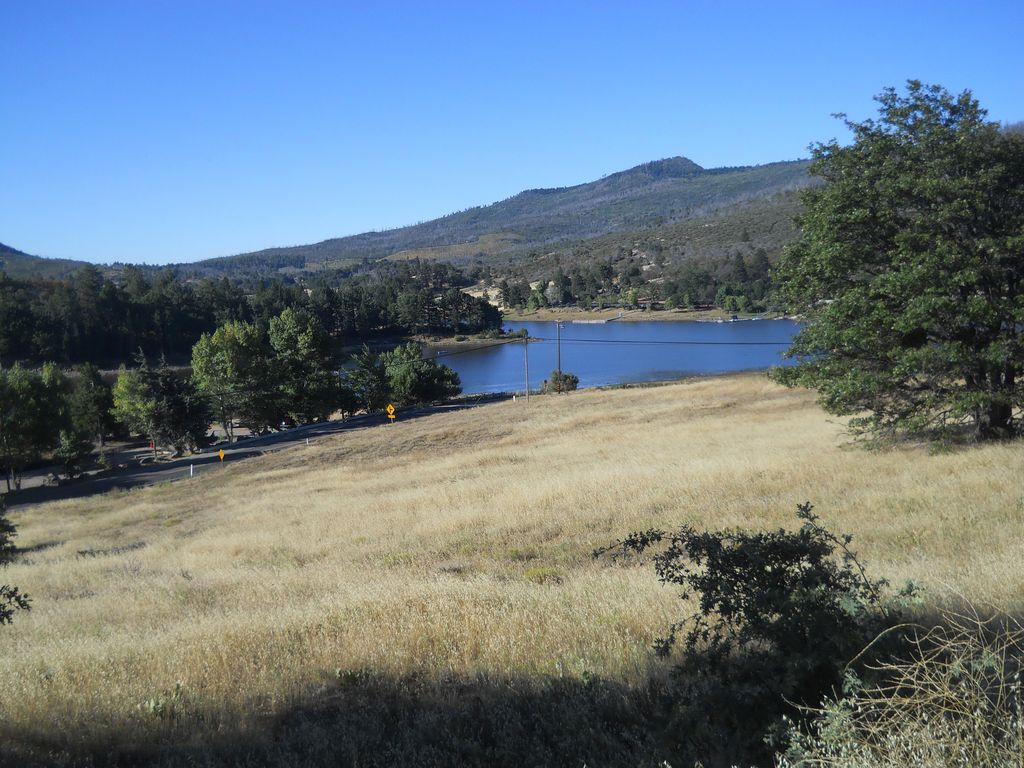 Piute Trail Lodge Lake Cuyamaca