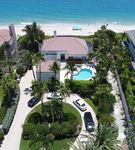 Right out of Coastal Living Mag! 6bdrm 9bds 4.5 baths Ocean Ft pvt beach pool!
