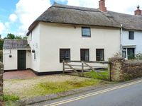 DAISY COTTAGE, family friendly, with a garden in Williton, Ref 10044