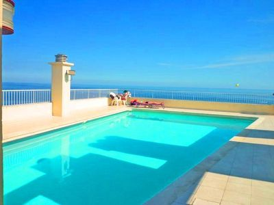 2 pieces Promenade des Anglais square gold, sea view, rooftop pool