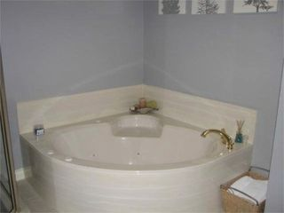 Horseshoe Bay townhome photo - master bath
