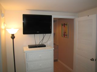 Wildwood Crest condo photo - Bedroom 32' LCD TV and Blu-Ray DVD player