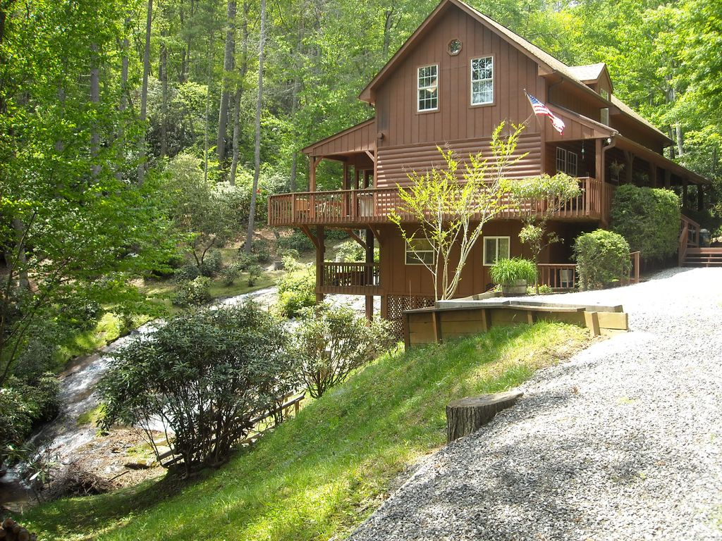 North Carolina Mountains Waterfall Vacation Home Vrbo