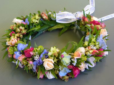 Head Lei made by Machiko, using all plants and flowers from our garden.