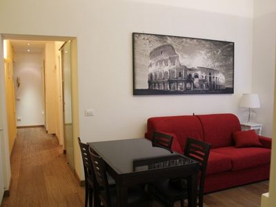 Very bright apartment entirely renovated a few steps from St. Peter's