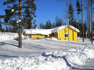 Lovely spacious cottage in Swedish nature with modern amenities