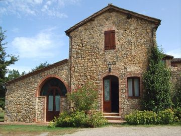Monteriggioni chateau / country house rental