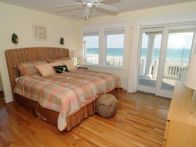 North Topsail Beach house rental - Second Oceanfront King Master Suite