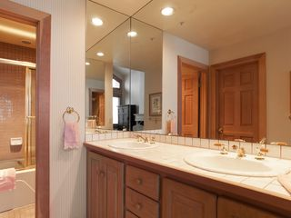 Deer Valley townhome photo - Master en-suit bathroom