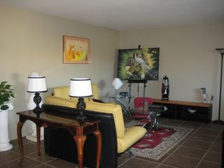 Palm Springs condo photo - Large Living Room