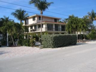 Islamorada house photo - Street view