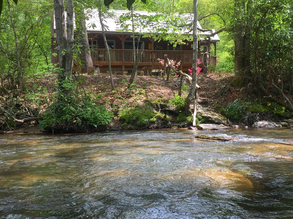 Log Cabin On Mountain River Very Private Vrbo