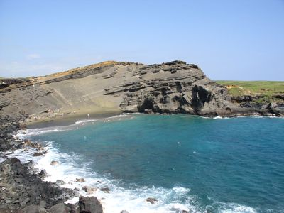 Papakōlea Beach, (Green Sand Beach)