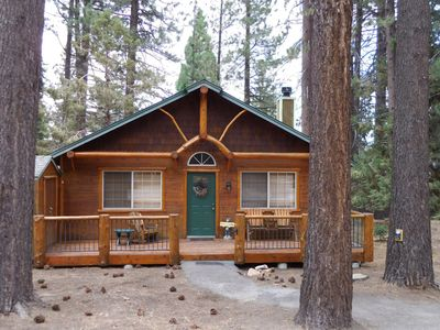 Cozy Cabin Close to Lake, Forest, Hiking, Biking, Golf, Dinning & Shopping