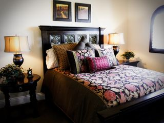 Bedroom 1 with Queen size Bed - Temecula estate vacation rental photo