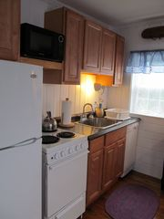 Wellfleet cottage photo - Kitchen appliances