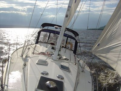 Lake City - Lake Pepin house rental - Ahhh, a relaxing sail on Lake Pepin