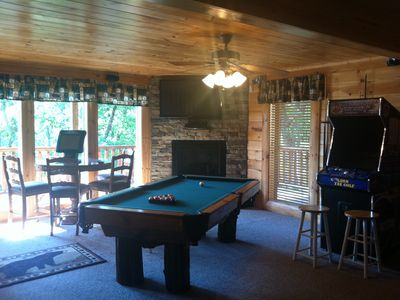 "Gameroom w/ custom Pool Table, Stone Fireplace 52"" HDTV 2 Arcades Su..."
