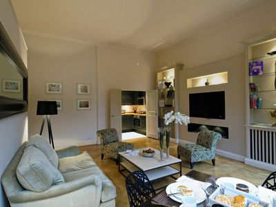 Kensington & Chelsea apartment rental - Another View of Living Room