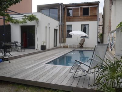 Beautiful house with pool in the heart of the city