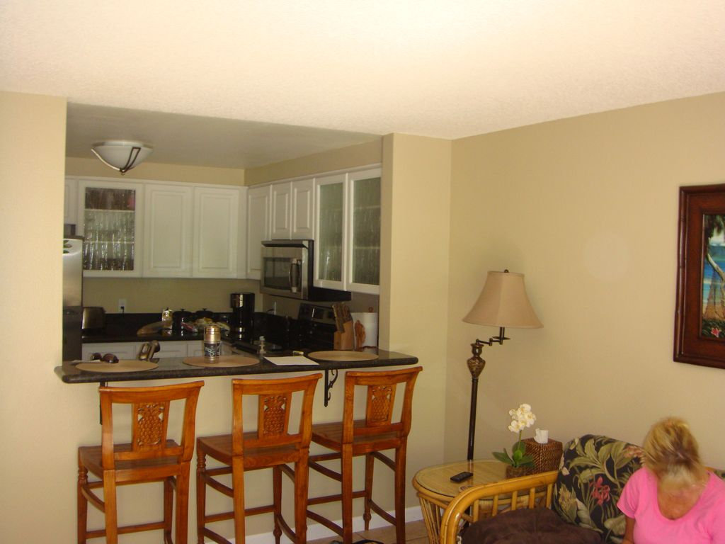 Kihei Condo Rental: Walk To Everything New Appliances, Fixtures