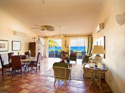 Palmilla villa rental - Living Room from entry