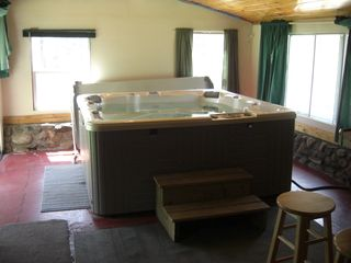 Woodstock house photo - Private 6 Person Caldera Hot tub