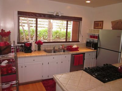 Fully stocked kitchen with stainless steel appliances and Gas stove