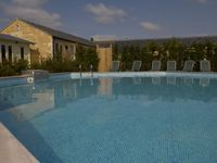 A Heated Pool Big, Open Plan Living Spaces With Wonderful Views