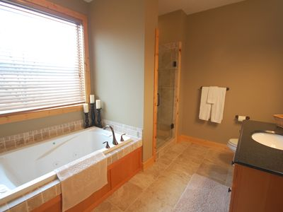 Master Bathroom - Large Tub, Tile Shower, Walk in Closet. Very Spacious!