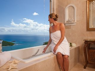 Cruz Bay villa photo - Pamper yourself with an unobstructed view of emerald waters