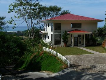 Dominical villa rental