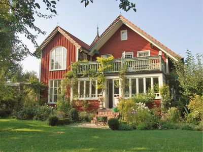 Fantastically living in beautiful grounds - Turmhaus