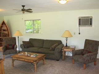Leander cottage photo - Living area with queen sleeper sofa