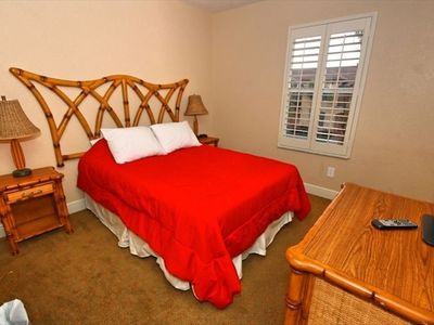 Regal Palms townhome rental - Double Bedroom upstairs with Plasma TV with full cable package.