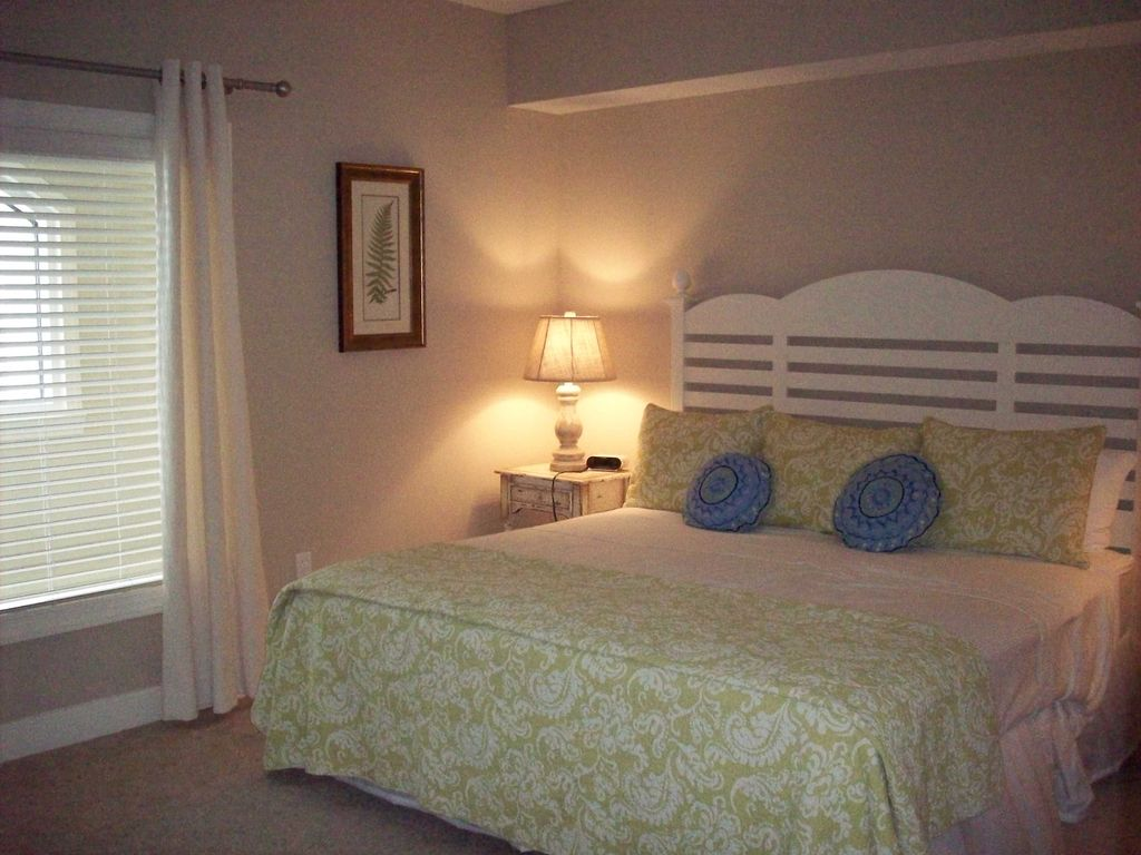 to the shores vacation rental vrbo 683689 4 br orange beach