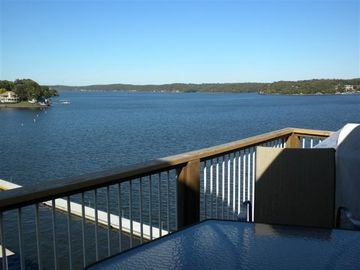 ENJOY AN AMAZING VIEW OF THE MAIN CHANNEL FROM THE DECK!