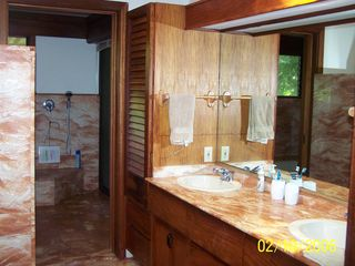 Anini Beach house photo - Masterbath looking towards Jacuzzi Room