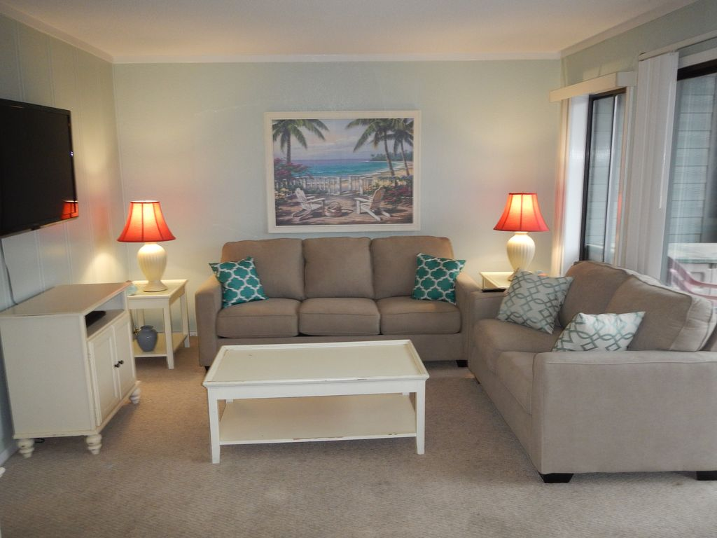 Condo 428a 2 bedroom 2 bath condo great vrbo for 10 living room cafe by eplus
