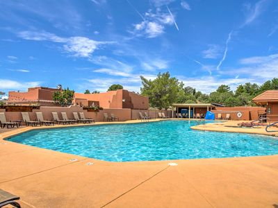 NEW! Modern 1BR Sedona Cottage w/ Community Pool!