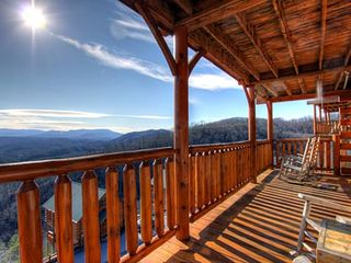 Pigeon Forge cabin photo - Beautiful mountain view!