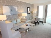 FB 1 Bedroom/2 Bath Suite  - Includes Valet Parking, Resort Fees and Spa Passes!