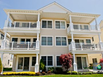 Brigantine house rental - Front view of house. Great beach block location. Only 6 houses to the beach.