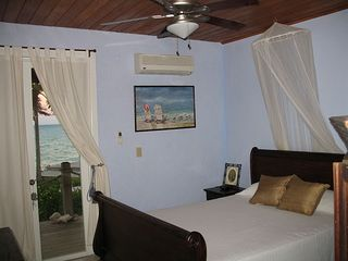 Little Exuma house photo - Blue Room Queen