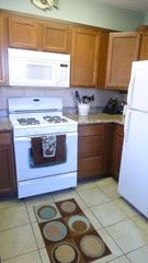 Kihei condo photo - Efficient, modern & fully equipped kitchen.