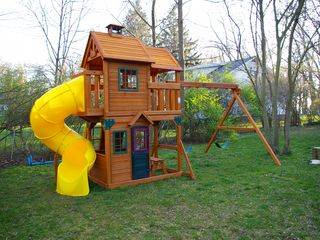 Saugatuck / Douglas house photo - new this year, a gigantic play yard for all the kids in the party !!