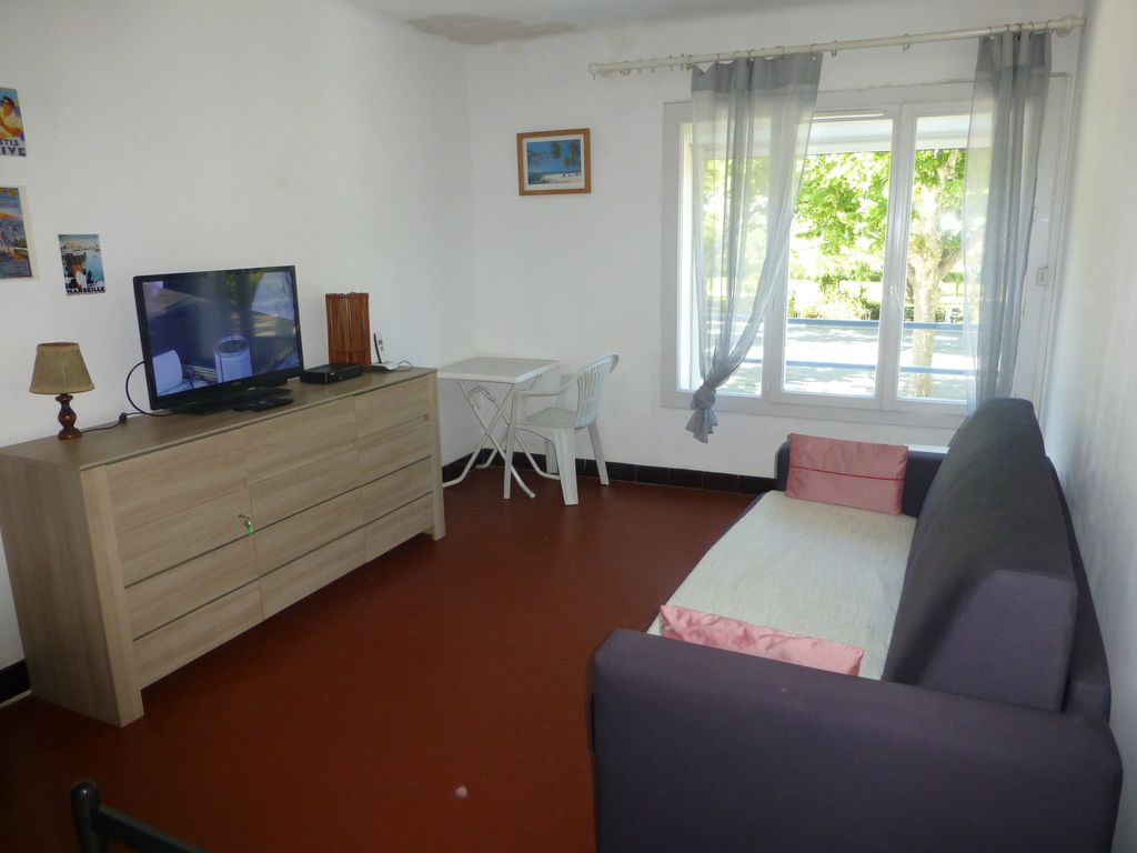 Air-conditioned accommodation, close to the sea , Ollioules